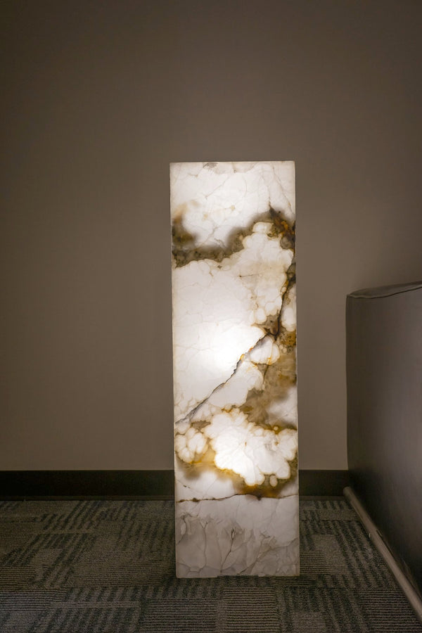 "Onyx Lamp from Mexico (39.5"", 70 lbs)"