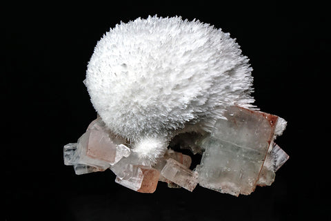 Mordenite with Apohyllite From Aurangabad, Maharashtra, India