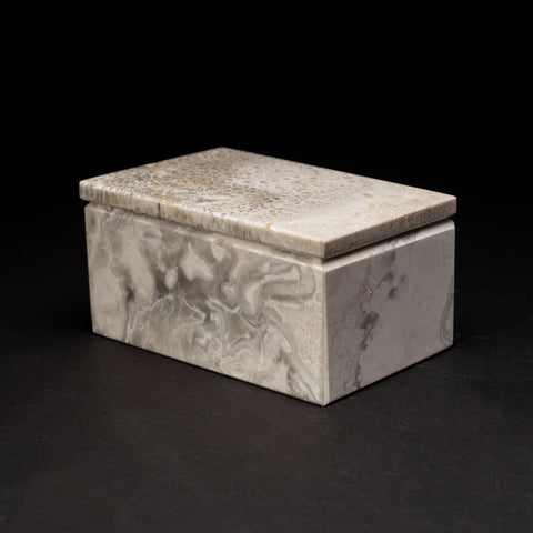 Rectangular White Marbleized Onyx Box from Mexico (3.4 lbs)