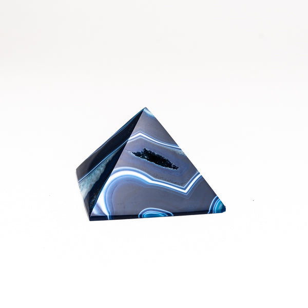 Blue Agate Pyramid from Brazil (160.6 grams)