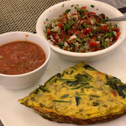 omelette with salsa