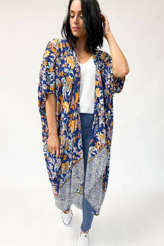 Miss Lilly Kimocape Navy Floral