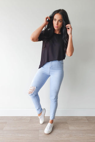 Wakee Morgan Ripped Jean Light Blue
