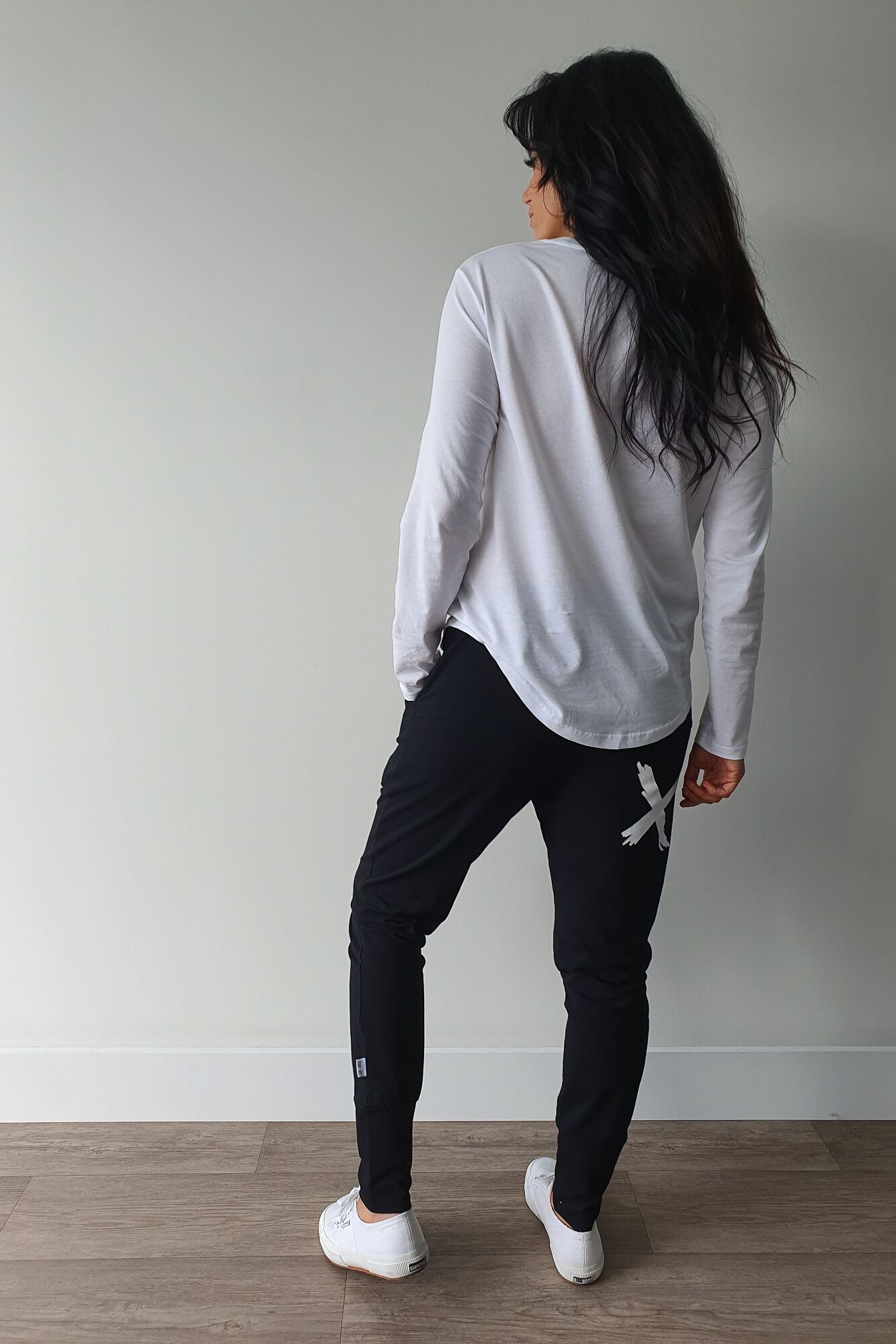 AS Colour Curve Long Sleeve Tee White
