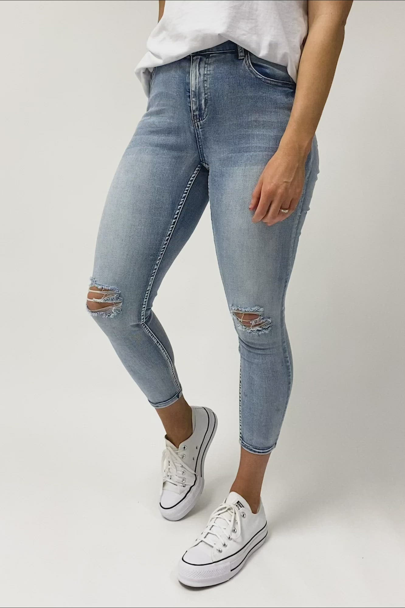 Shine On Label Bowie Cropped Slim Leg Jean Vintage Faded Blue Preorder Two Late December