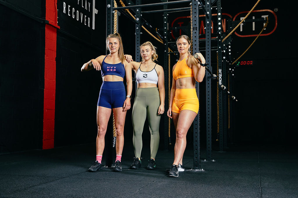 women's gym clothing and leggings