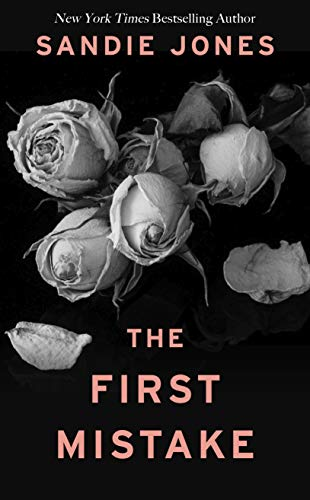 The First Mistake (Thorndike Press Large Print Core)