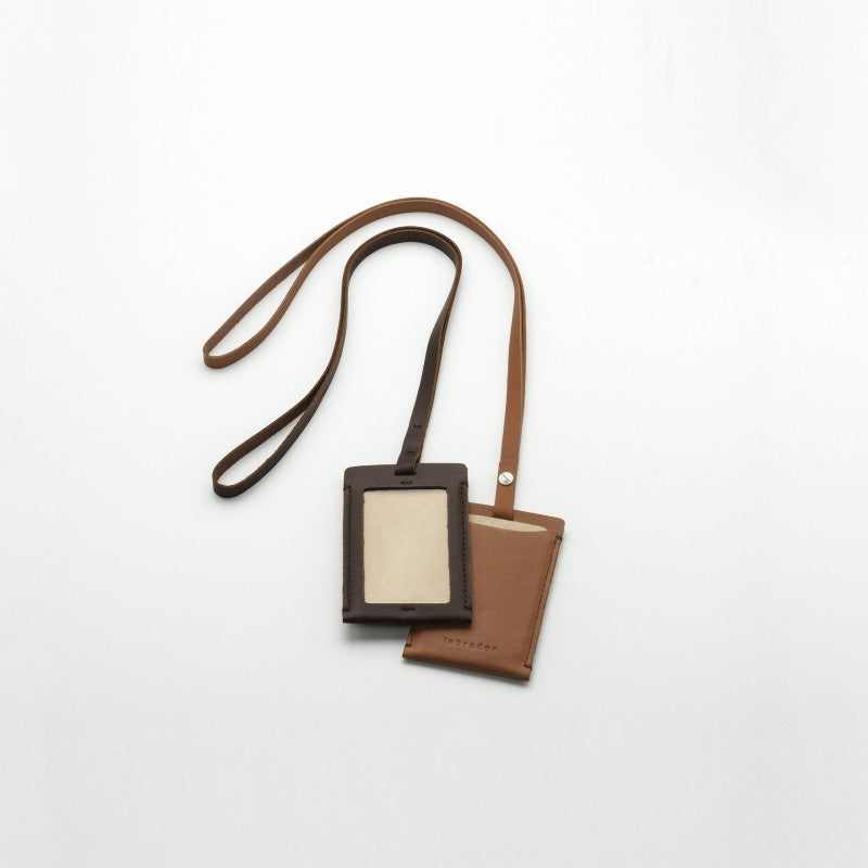 LAA103 card case #4 + strap M