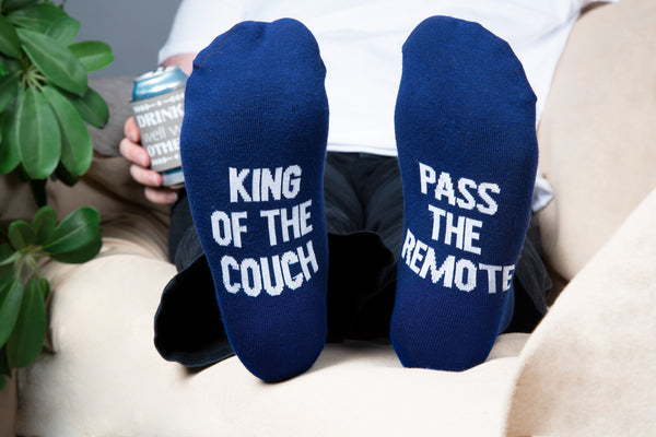 King of the couch pass the remote Men's Cotton Blend Socks Socks - Beloved Gift Shop