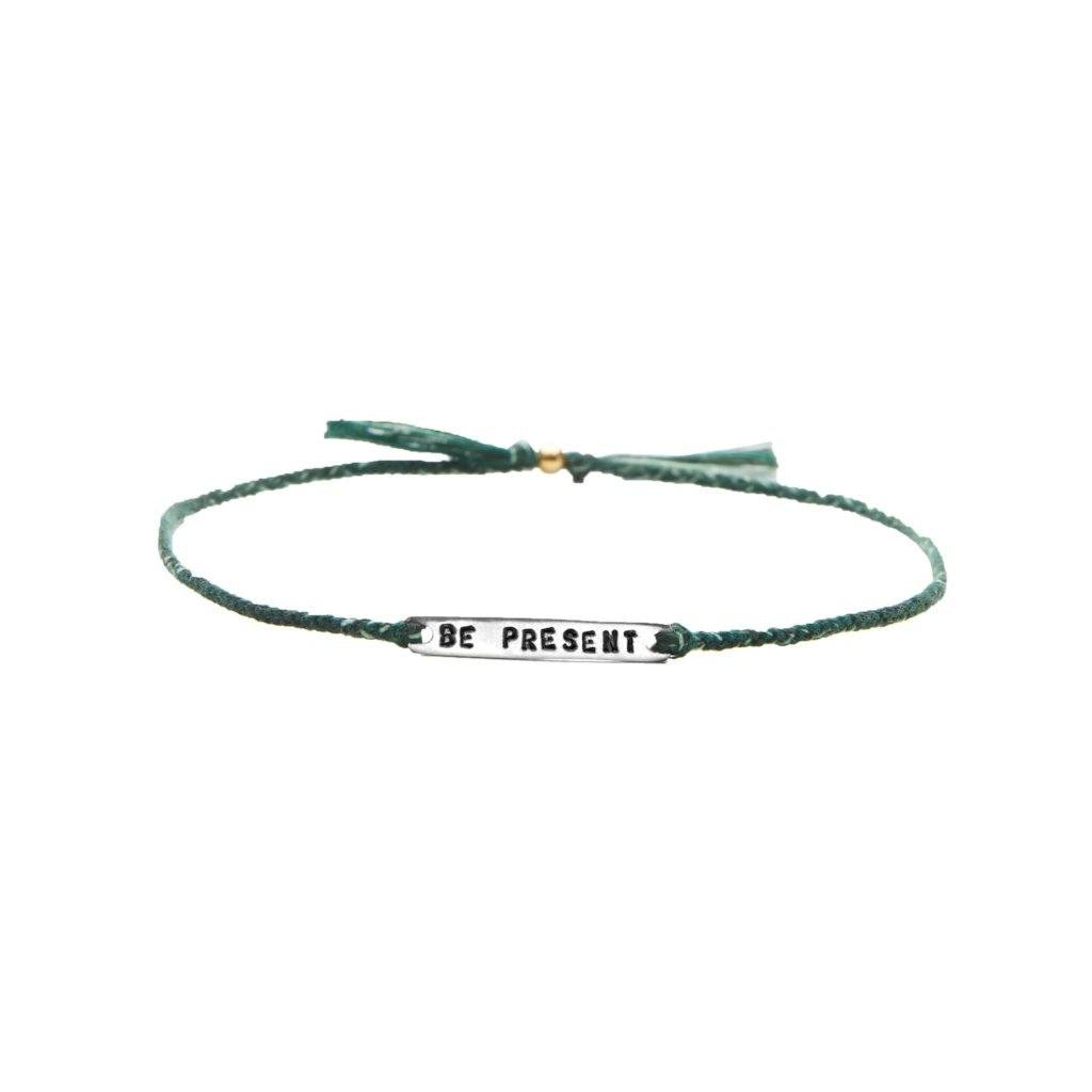 Be present green mix silver handmade bracelet from Santai.no