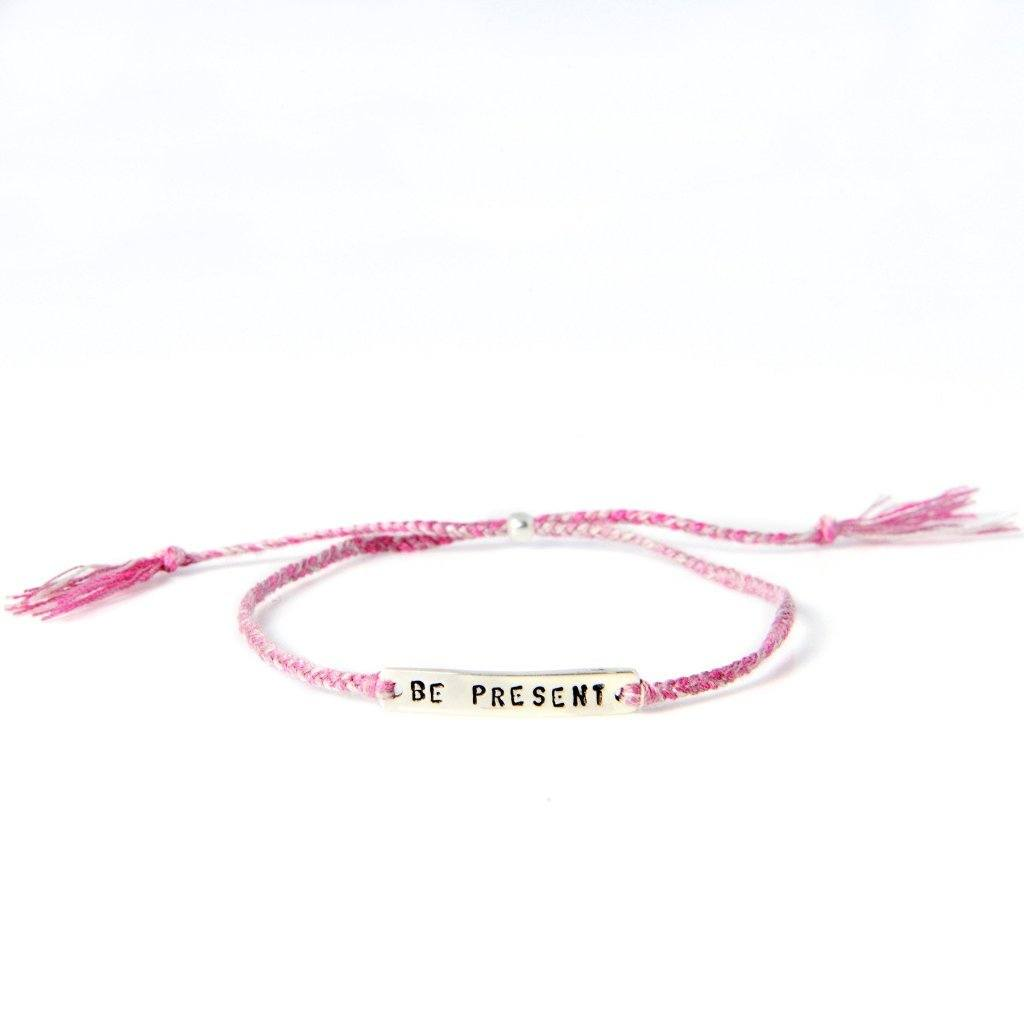 Be present dusty pink silver handmade bracelet from Santai.no