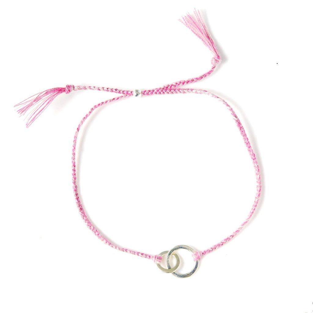 Connected dusty pink handmade bracelet from Santai.no