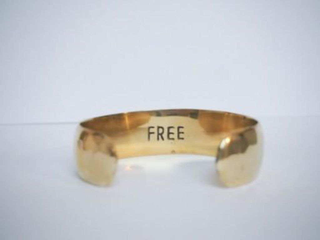 Free brass bracelet large handmade from Santai.no