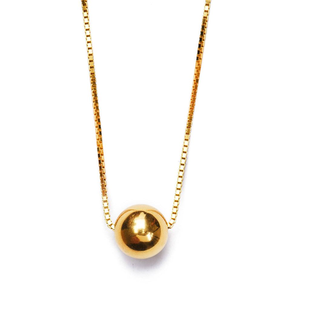 Golden ball necklace medium