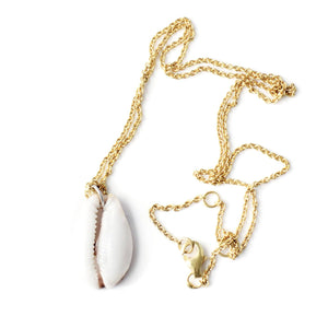 Seashell necklace gold handmade from Santai.no