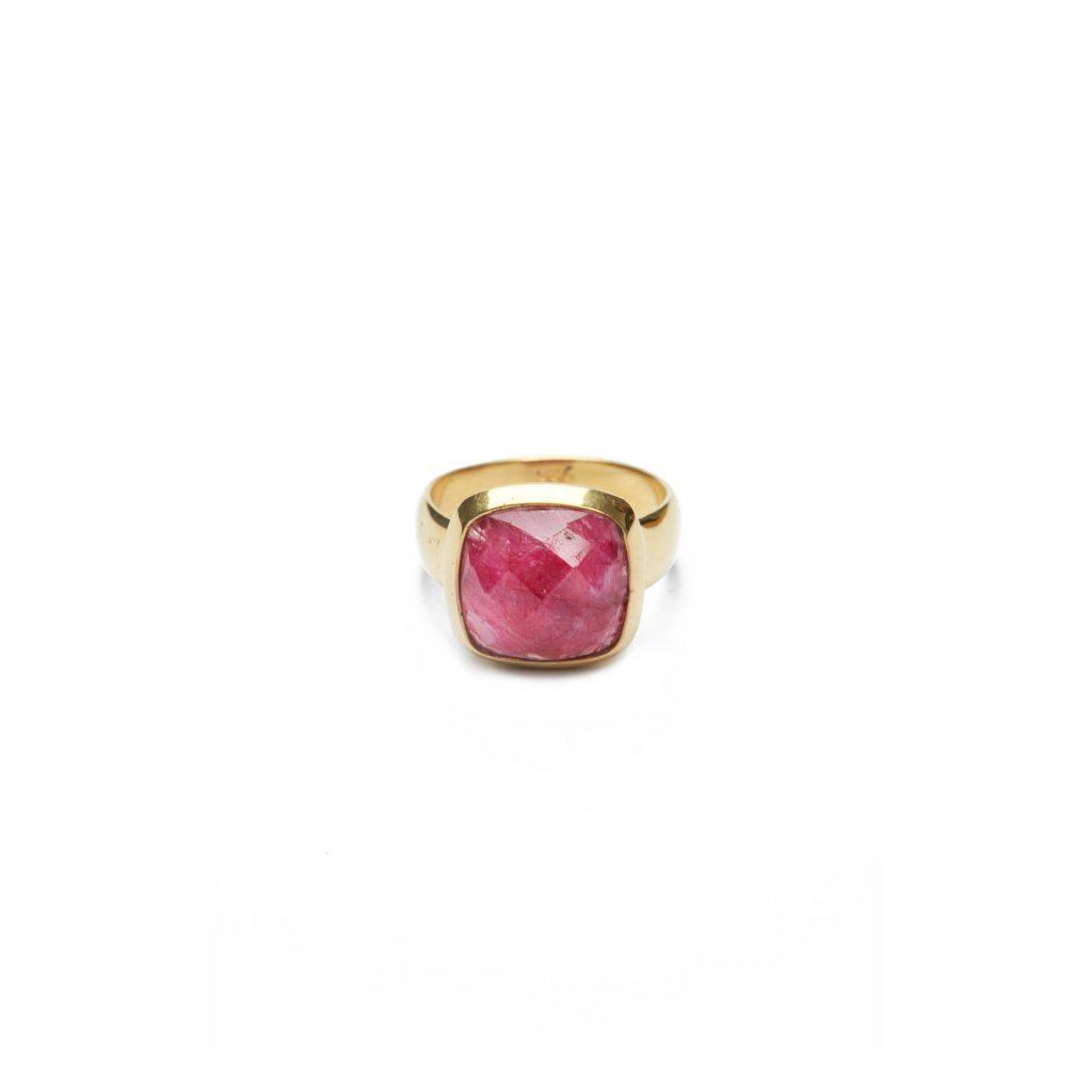 Dyed ruby ring silver and gold handmade from Santai.no