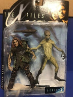 McFarlane Toys X-Files: Attack Alien W Caveman Action Figure - Series 1