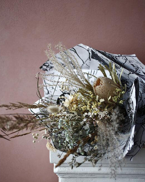 EverLasting Bouquet Pale Yellows & Neutral Tones