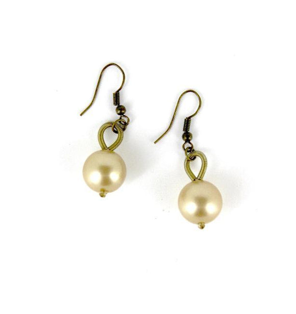 Gold Piano Wire Gold Pearl Drop Earring