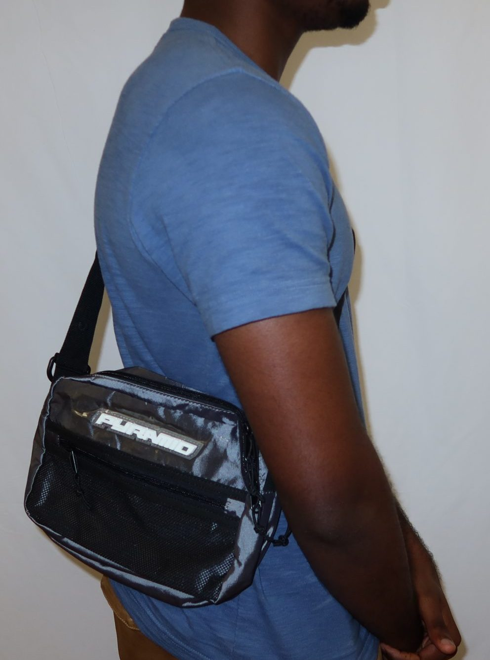 Black pyramid gray side bag