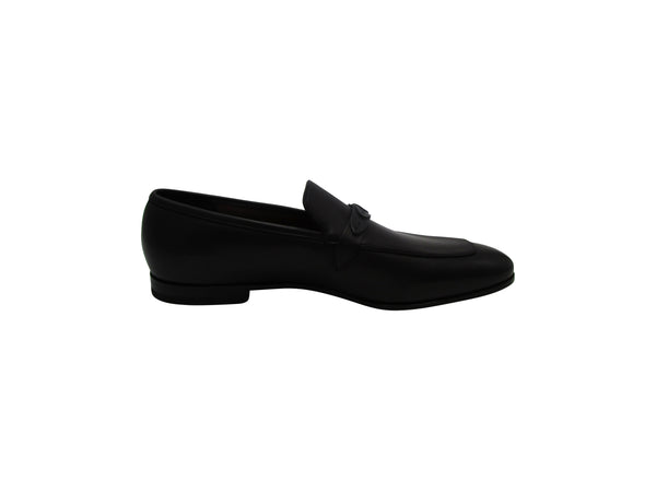 Salvatore Ferragamo Alessio Loafers in Black