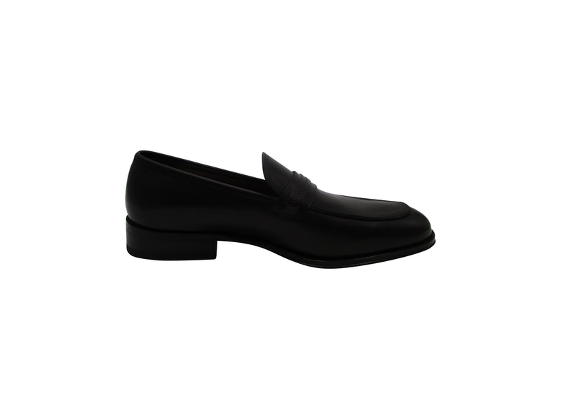 Salvatore Ferragamo Antonio Loafers in Black