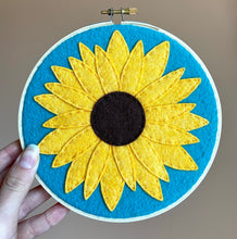 Load image into Gallery viewer, Sunflower Kit