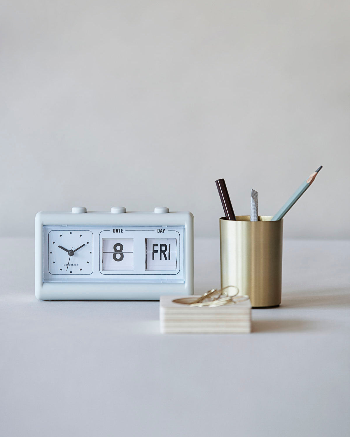 Retro Grey Alarm Clock with Calender
