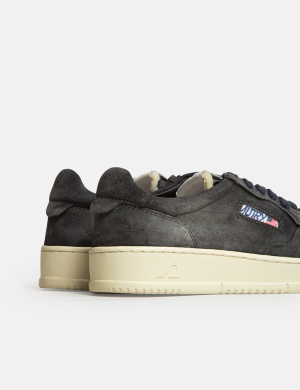 Autry Medalist SS05 Trainers (Suede/Suede) - Black