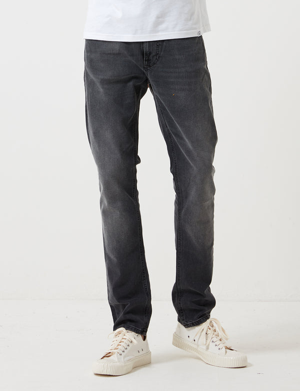 Nudie Lean Dean Jeans(スリムテーパード)-モノグレー