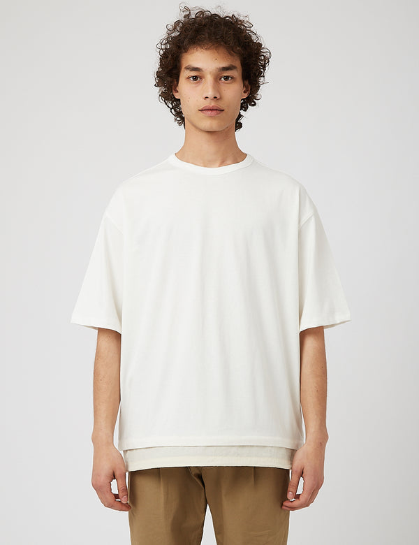 Eastlogue Fishtail T-Shirt - Off White