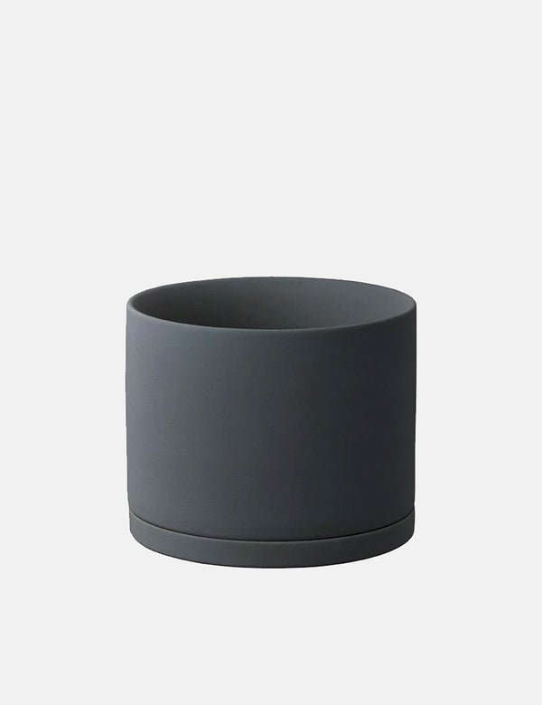 Kinto Plant Pot 191 (135mm) - Dark Grey