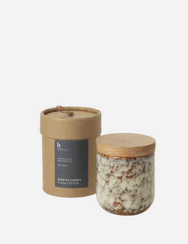 Broste Copenhagen Clean Cotton Scented Candle - Beige/Brown - Article