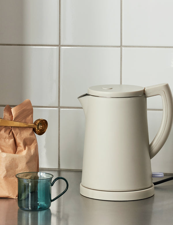 Hay Sowden Kettle, 1,5 Liter (UK) - Grau