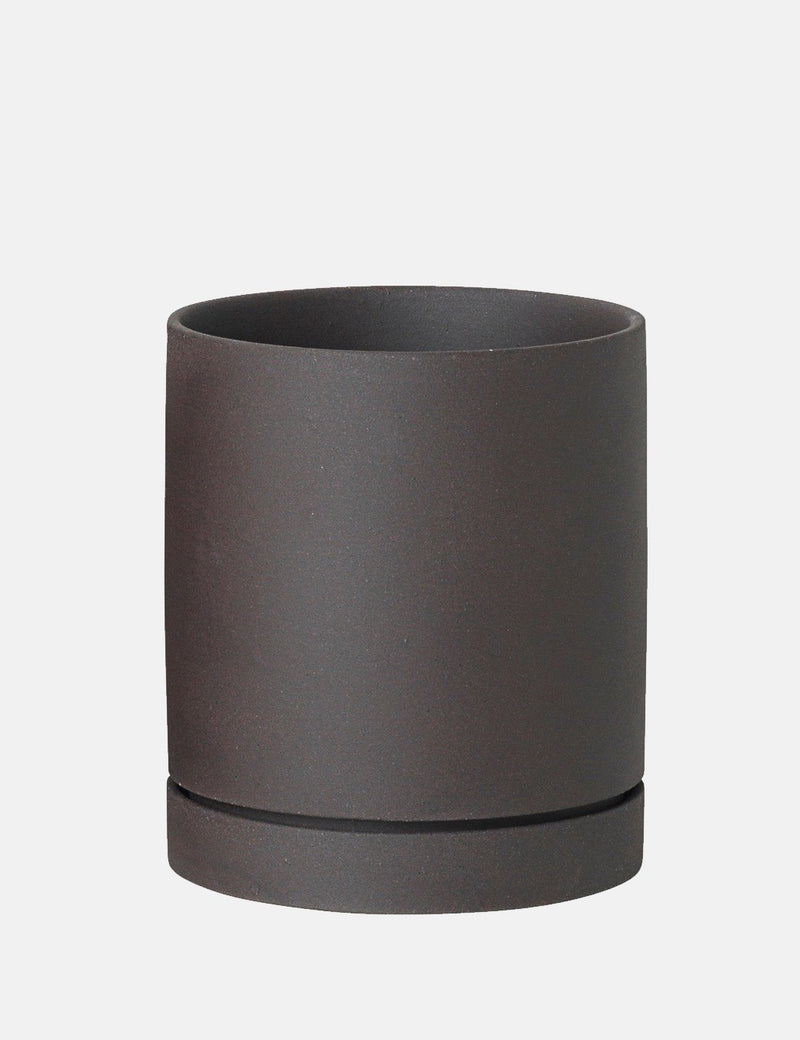 Ferm Living Sekki Medium Pot - Charcoal Grey