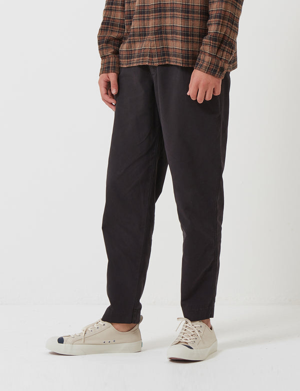 Folk The Assembly Pleated Trousers (Loose Fit Cropped) - Black Brushed