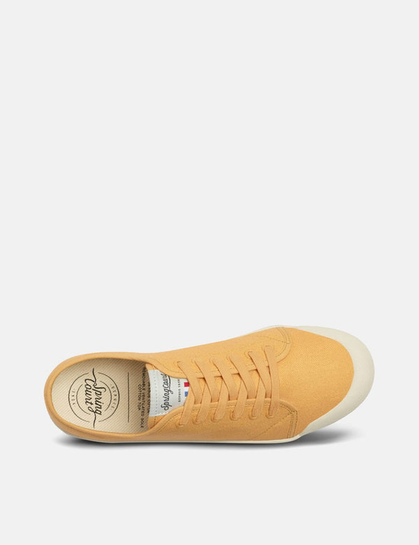 Spring Court G2 Low Trainers (Canvas) - Vintage Orange