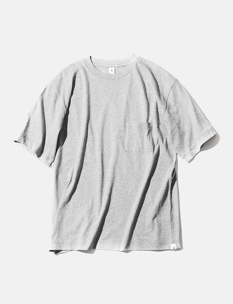 mocT Crew Neck Pocket T-Shirt - Grey