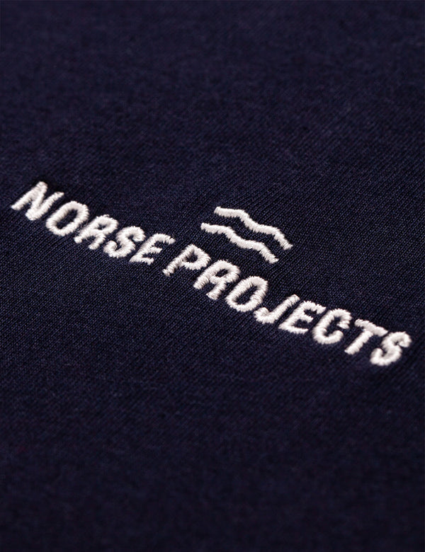 T-Shirt à Logo Vague Norse Projects Niels Norse Projects - Bleu Marine Foncé