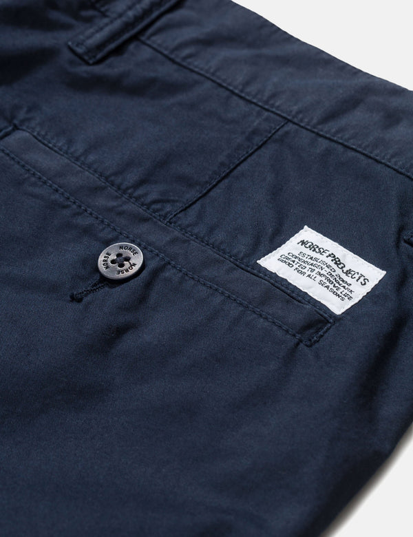 Norse Projects Arol Chino Trousers Light Twil (Slim Fit) - Dark Navy Blue