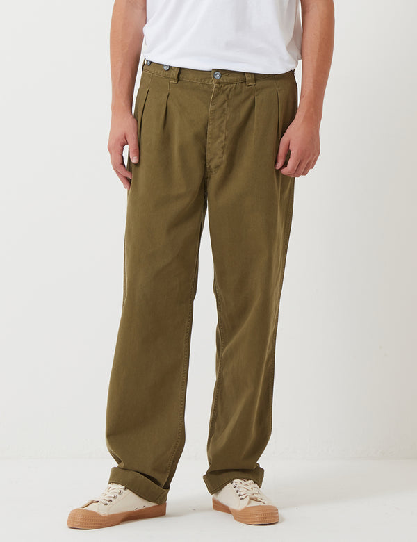 Nigel Cabourn Pleated Chino Trousers - Army Green