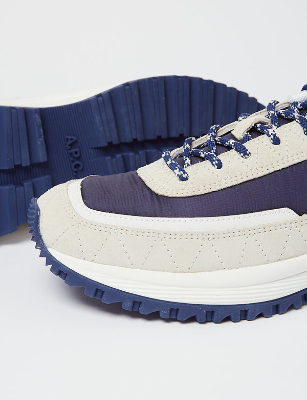 APC Jim Running Trainer - Bleu Marine
