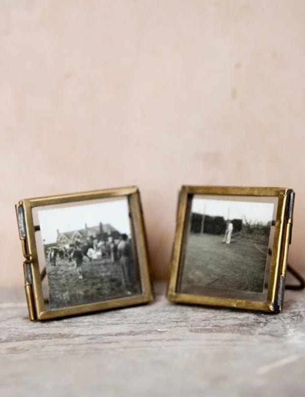 Nkuku Tiny Danta Frame (Set of 2) - Antique Brass