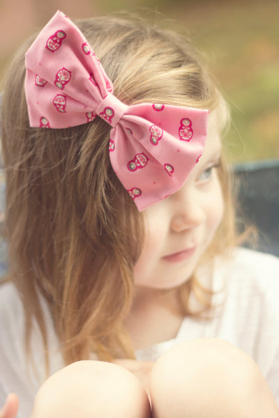 Russian Doll Hair Bow- IN 2 COLOURS