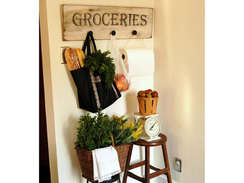 Use Hooks for a Grocery-Run Corner
