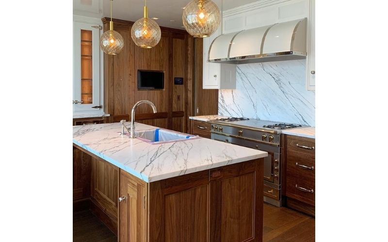 Charming Kitchen With Rustic Wooden Cabinetry - Image by @katierogue