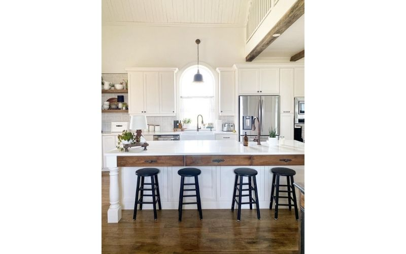 Country Inspired Kitchen With Bright High Ceilings - Image by @designsbykaran