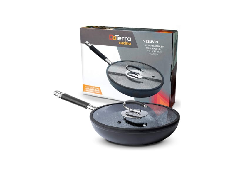 DaTerra's Cucina 11-inch pan with a glass top lid and rubber rim