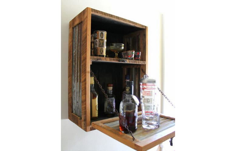 Rustic DIY Pull-Out Barrel - Image by Etsy