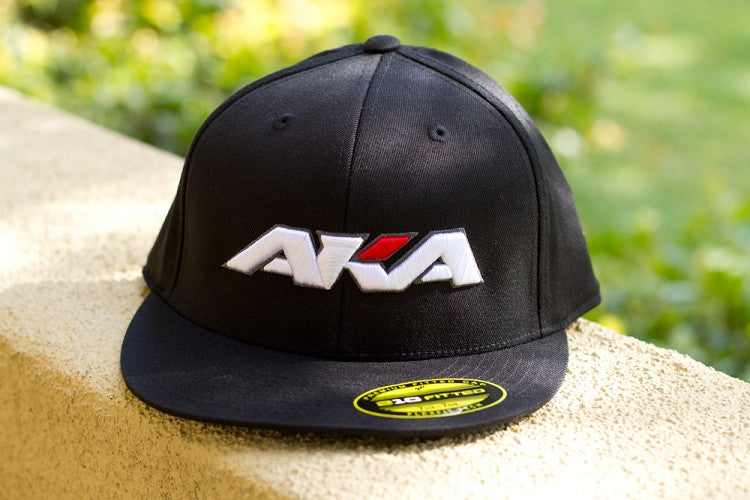 AKA BASEBALL CAP BLACK FLEXFIT